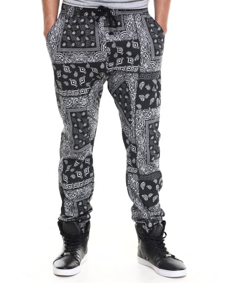 Ur-ID 217483 Basic Essentials - Men Black Bandana - Print Twill Jogger Pants