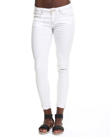 Ur-ID 217739 Basic Essentials - Women White Rebel By Right Darted 5 Pocket Skinny Jean