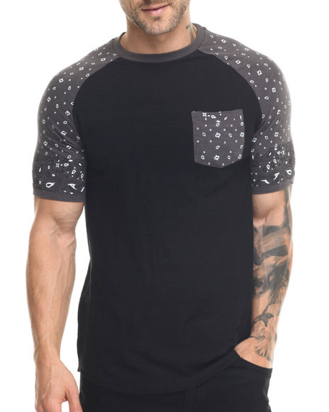 Ur-ID 217820 Buyers Picks - Men Black Bandana Print Raglan S/S Tee