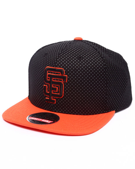 Ur-ID 223209 American Needle - Men Black San Francisco Giants Star Child Snapback Hat