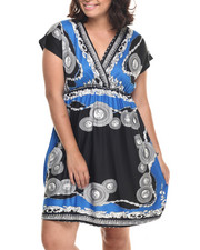 Dresses - Medallion Border Print Dress (Plus)