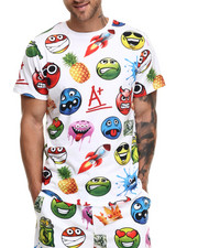 Buyers Picks - Allover Emoji print s/s tee