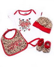 Girls - 4 PC ANIMAL LOVE BOX SET (NEWBORN)