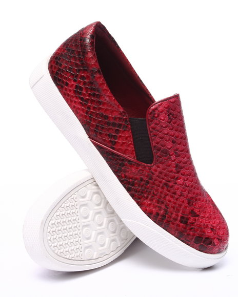 Fashion Lab - Women Red Pivot Faux Snakeskin Slip On Sneaker