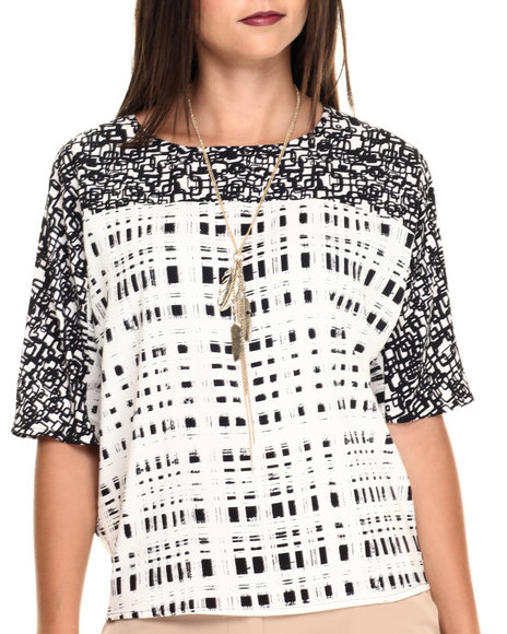 Ur-ID 220514 Vertigo - Women Beige,Black Opposites Attract Dual Print 3/4 Sleeve Top