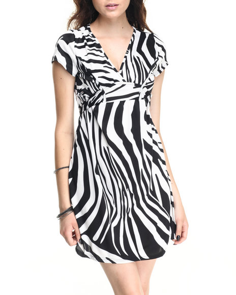 Ur-ID 220621 She's Cool - Women Black,White Zebra Print V-Neck Dress