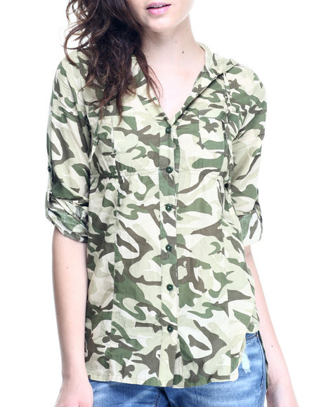 Ur-ID 220632 She's Cool - Women Green Camo Print Roll Sleeve Tunic Shirt