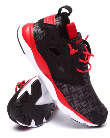 Reebok - Boys Black,Red Furylite Sneakers (3.5-7)