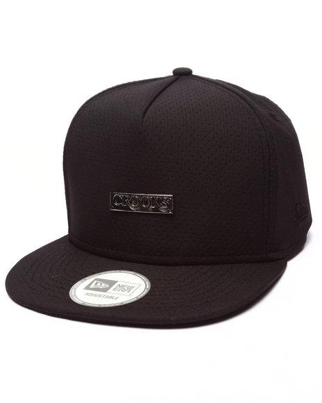 Ur-ID 223402 Crooks & Castles - Men Black Crooks Metal Badge Strapback
