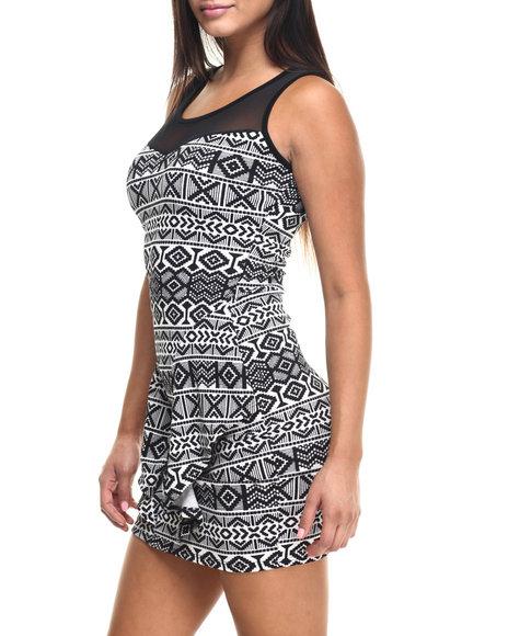 Ur-ID 223459 Fashion Lab - Women Black Highest Mountain Printed Boat Neck Dress W/Mesh Detail