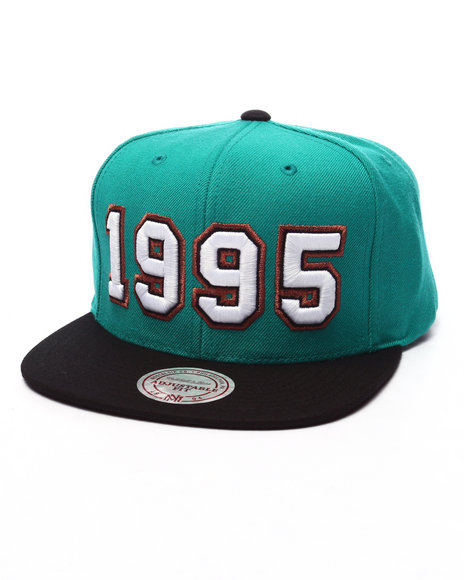 Ur-ID 223556 Mitchell & Ness - Men Green Vancouver Grizzlies Expansion Pack 1995 Snapback Cap