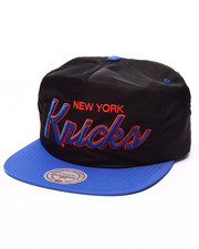 Mitchell & Ness - New York Knicks Script Strapback Cap