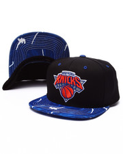 Mitchell & Ness - New York Knicks Team Color Stroke Camo Snapback Hat