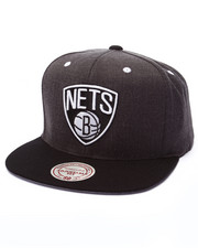 Mitchell & Ness - Brooklyn Nets Logo Snapback Cap