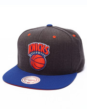 Mitchell & Ness - New York Knicks Logo Snapback Cap
