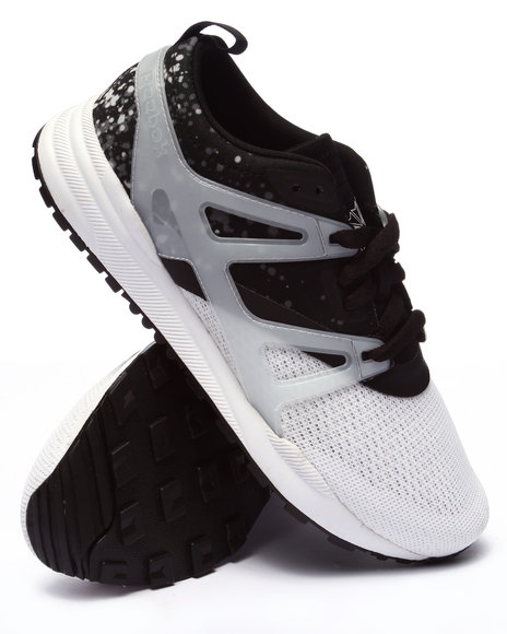 Ur-ID 223667 Reebok - Women Black,White Ventilator Adapt Graphic Sneakers
