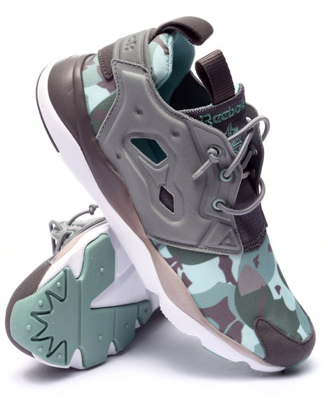 Ur-ID 223663 Reebok - Women Grey Furylite Candy Girl Sneakers