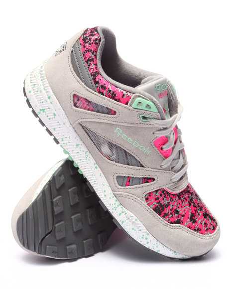 Reebok - Women Grey Ventilator Cg Sneakers