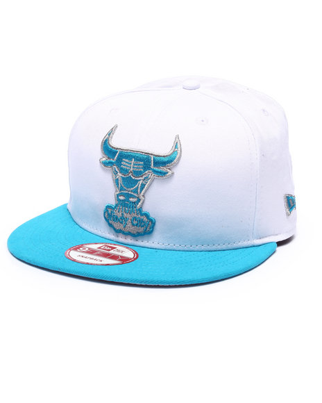New Era Men Chicago Bulls Blue Skys Edition 950 Snapback Hat Grey