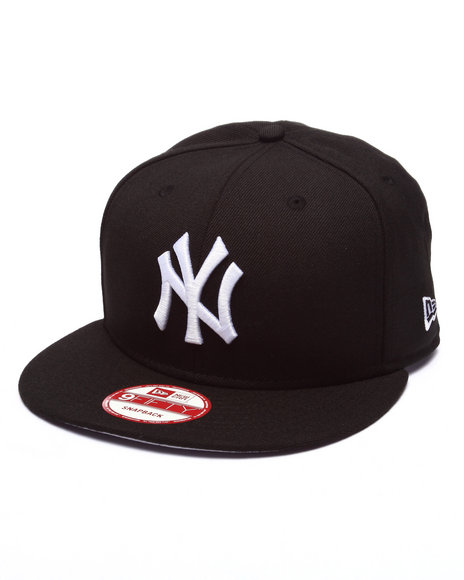 New Era Men New York Yankees Blk N Wht Cookie 950 Snapback Hat Black