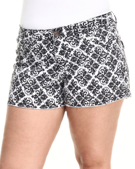 Basic Essentials - Women Black All Over Print Shorts (Plus)