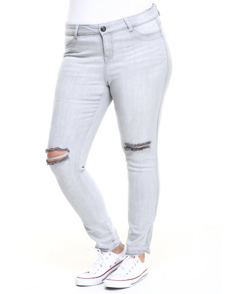 Ur-ID 223973 Almost Famous - Women Light Grey Knee Slashed Skinny Jean (Plus)