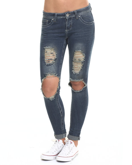 Ur-ID 224064 Almost Famous - Women Medium Wash Destructed Knee Mini Roll Denim Skinny Jean