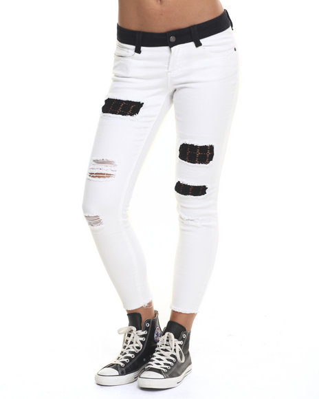 Rampage - Women White Rampage Sophie Crop W/ Cut Hem And Patch Jean