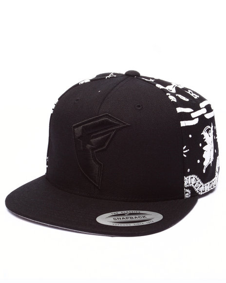 Ur-ID 224114 Famous Stars & Straps - Men Black Linked Up Snapback