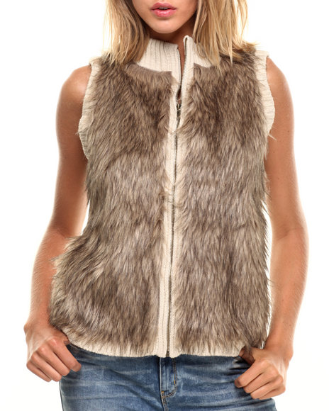 Fashion Lab - Women Cream Front Faux Fur Zip Up Vest - $23.99