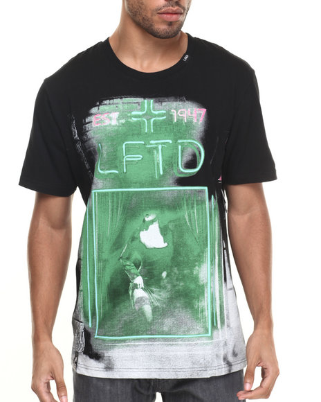 Lrg - Men Black Greenlight District T-Shirt - $36.99