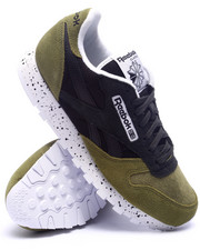 Footwear - Classic Leather S M