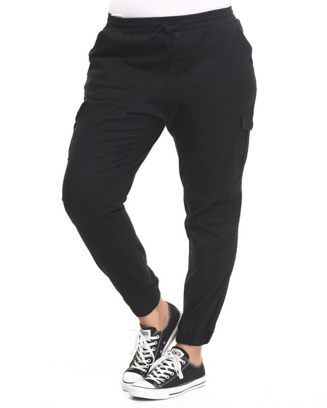 Ur-ID 224226 Almost Famous - Women Black Gusset Cargo Pocket Twill Jogger (Plus)