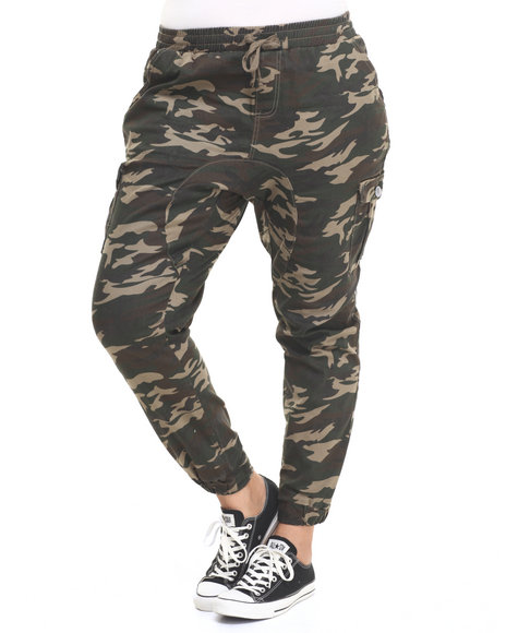 Ur-ID 224229 Almost Famous - Women Camo Camo Print Pocket Twill Jogger (Plus)
