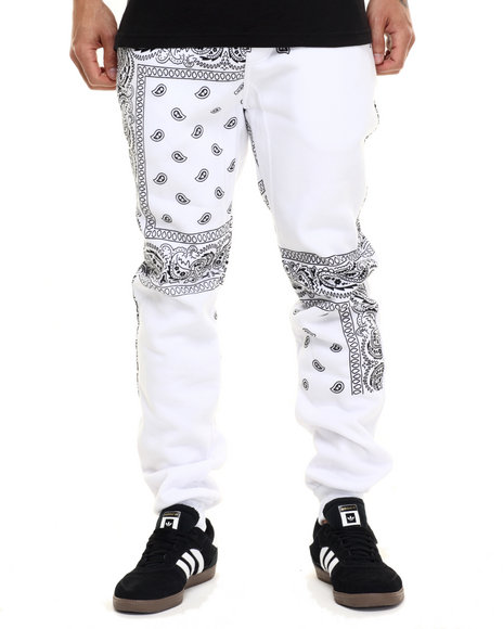 Basic Essentials - Men White Paisley Print Fleece Pants