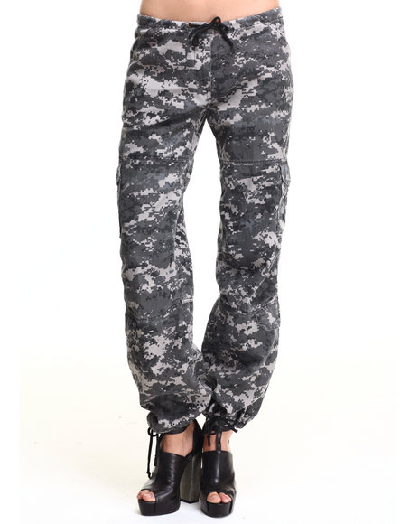 Rothco - Women Subdued Urban Digital Camo Rothco Womens Camo Vintage Paratrooper Fatigue Pants