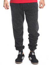 Men - Mineral Wash Sweatpant