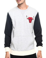 Mitchell & Ness - Chicago Bulls NBA Team to Beat Crew Sweatshirt