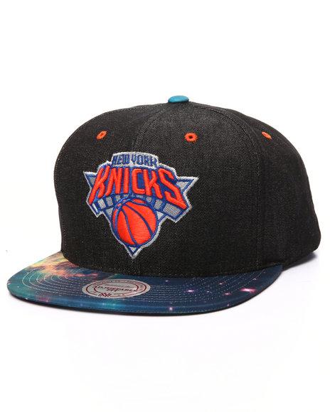 Mitchell & Ness Men New York Knicks Galaxy Print Visor Snapback Cap Black