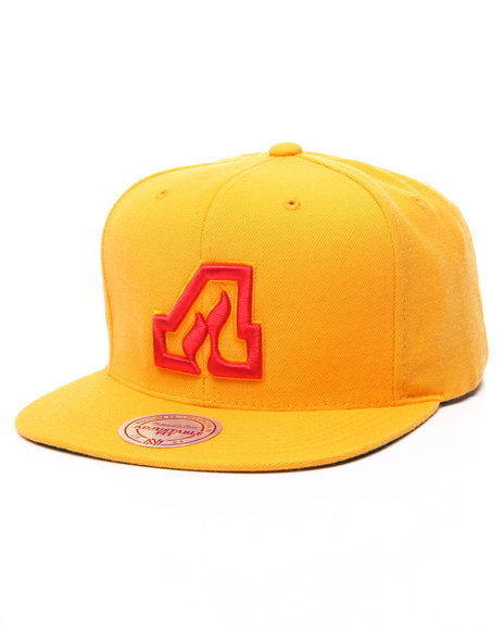 Mitchell & Ness Men Atlanta Flames Wool Solid Snapback Cap Yellow