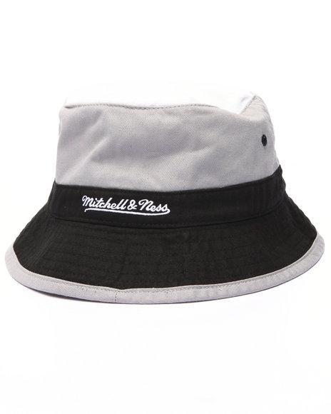 Mitchell & Ness - Men Black San Antonio Spurs Nba Current Color Block Bucket Hat