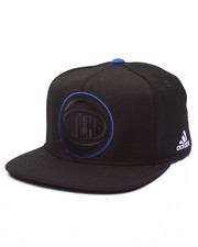 Adidas - New York Knicks Tonal Snapback Hat