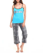 Intimates & Sleepwear - Hot Chic Leopard  Print Cotton Capri PJ Set