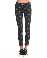 -FEATURES- - STAR PRINT JEANS
