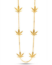 Jewelry & Watches - 18K Gold Weed Pendant Necklace