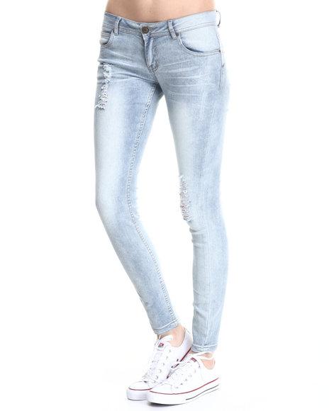 Basic Essentials - Women Light Wash Curvy Fit Butt Lift Skinny Jean