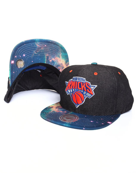 Mitchell & Ness Men New York Knicks Galaxy Print Visor Snapback Cap Black
