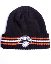 Adidas - New York Knicks triple stripe cuffed knit hat