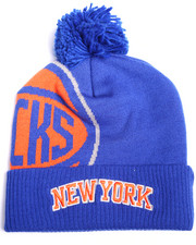 Men - New York Knicks Cuffed knit Pom hat