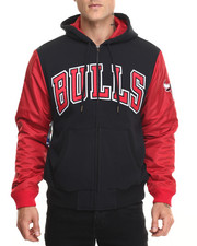 Mitchell & Ness - Chicago Bulls Skill Position Jacket (Tailored Fit)